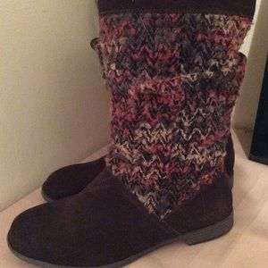 Toms genuine suede and sweater boots Sz9 NWOT